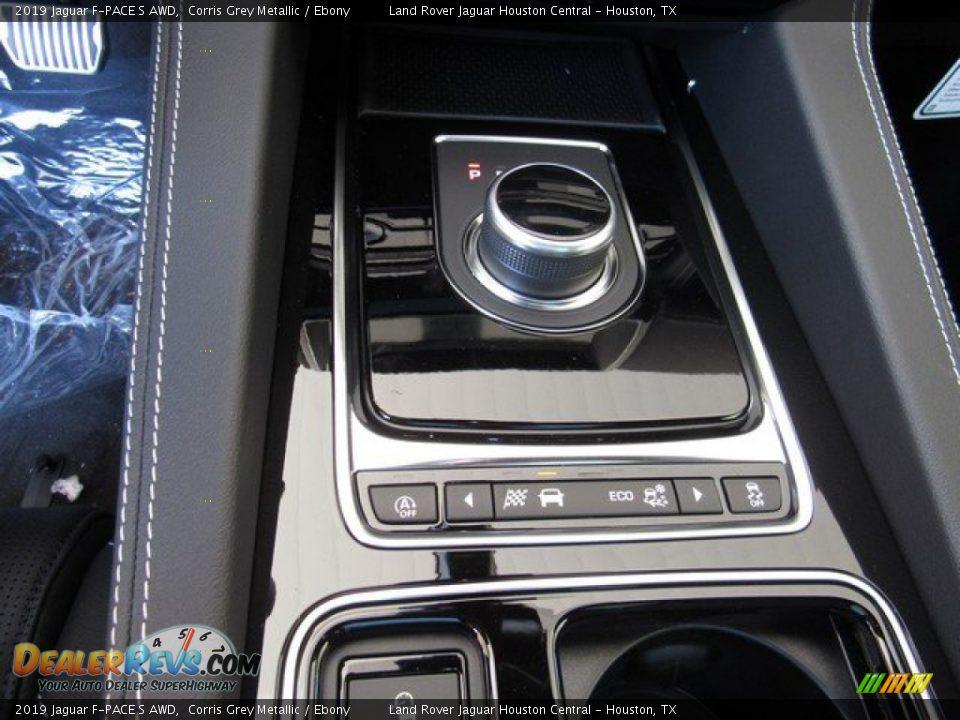 2019 Jaguar F-PACE S AWD Corris Grey Metallic / Ebony Photo #34