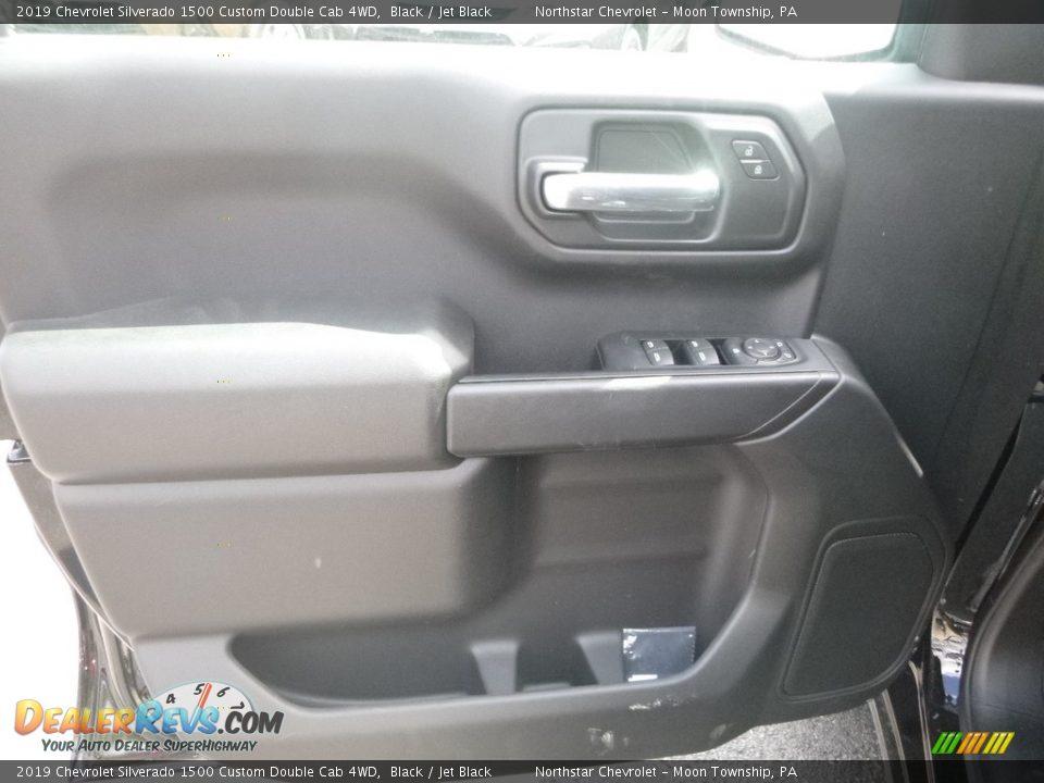 2019 Chevrolet Silverado 1500 Custom Double Cab 4WD Black / Jet Black Photo #16