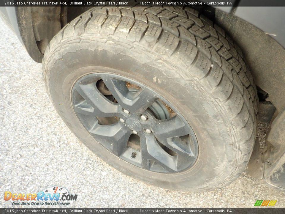 2016 Jeep Cherokee Trailhawk 4x4 Brilliant Black Crystal Pearl / Black Photo #5