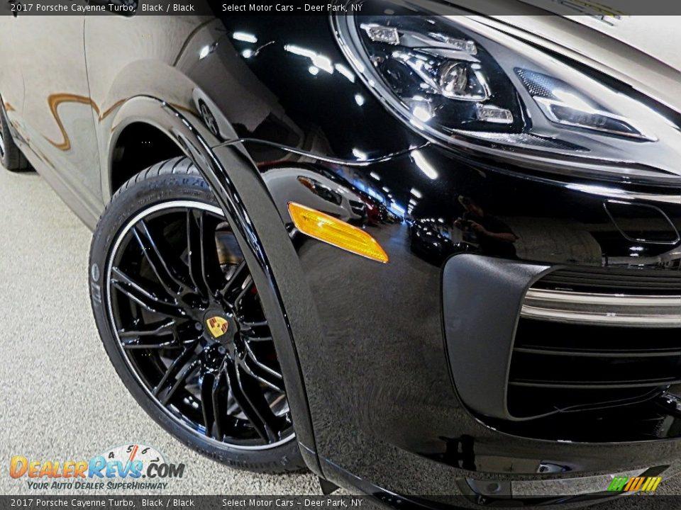 2017 Porsche Cayenne Turbo Black / Black Photo #8