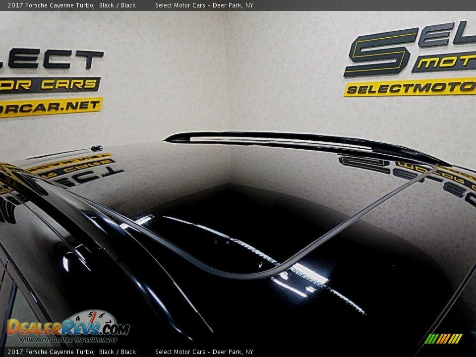 2017 Porsche Cayenne Turbo Black / Black Photo #11