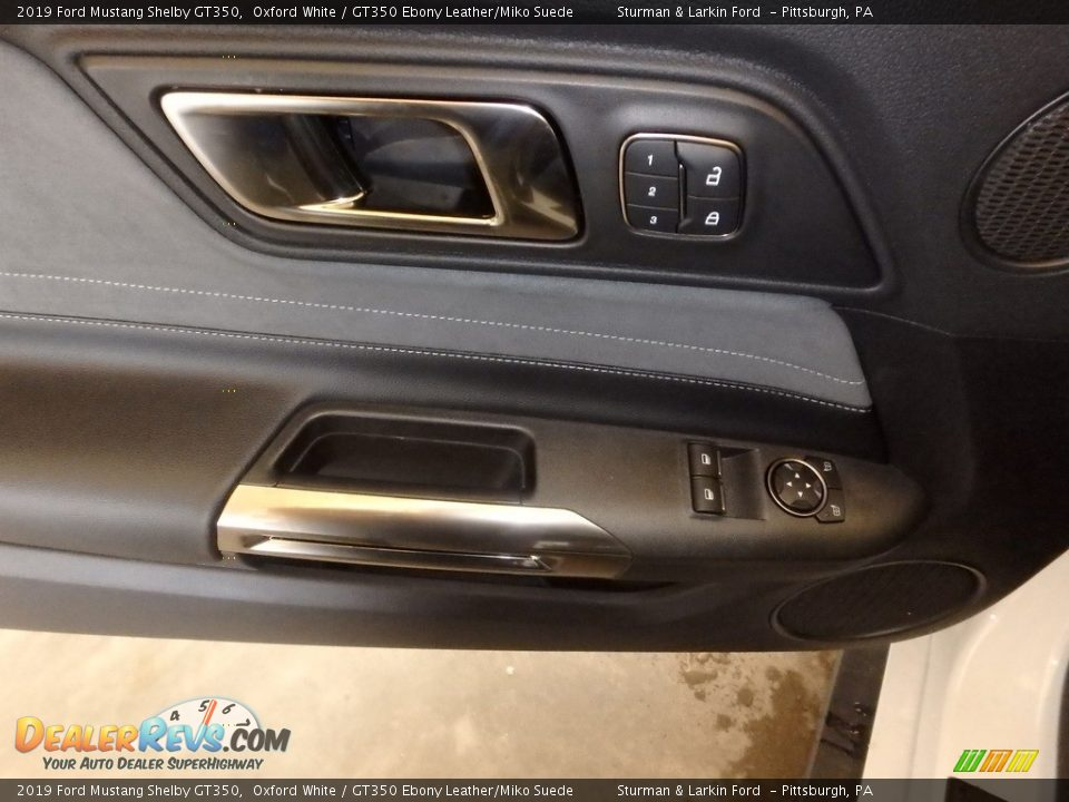Door Panel of 2019 Ford Mustang Shelby GT350 Photo #14