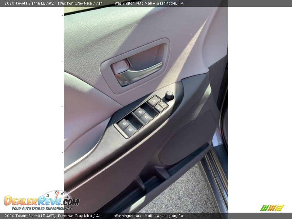 2020 Toyota Sienna LE AWD Predawn Gray Mica / Ash Photo #9