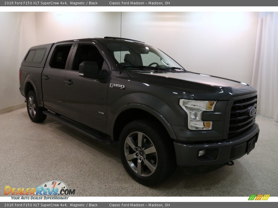 2016 Ford F150 XLT SuperCrew 4x4 Magnetic / Black Photo #1