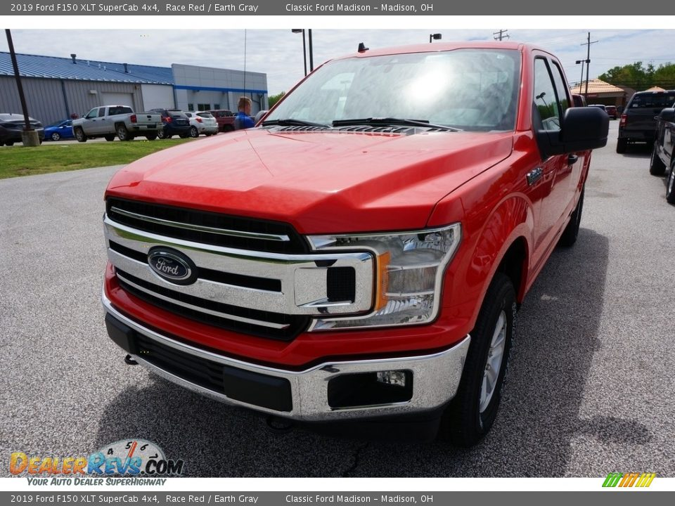 2019 Ford F150 XLT SuperCab 4x4 Race Red / Earth Gray Photo #1