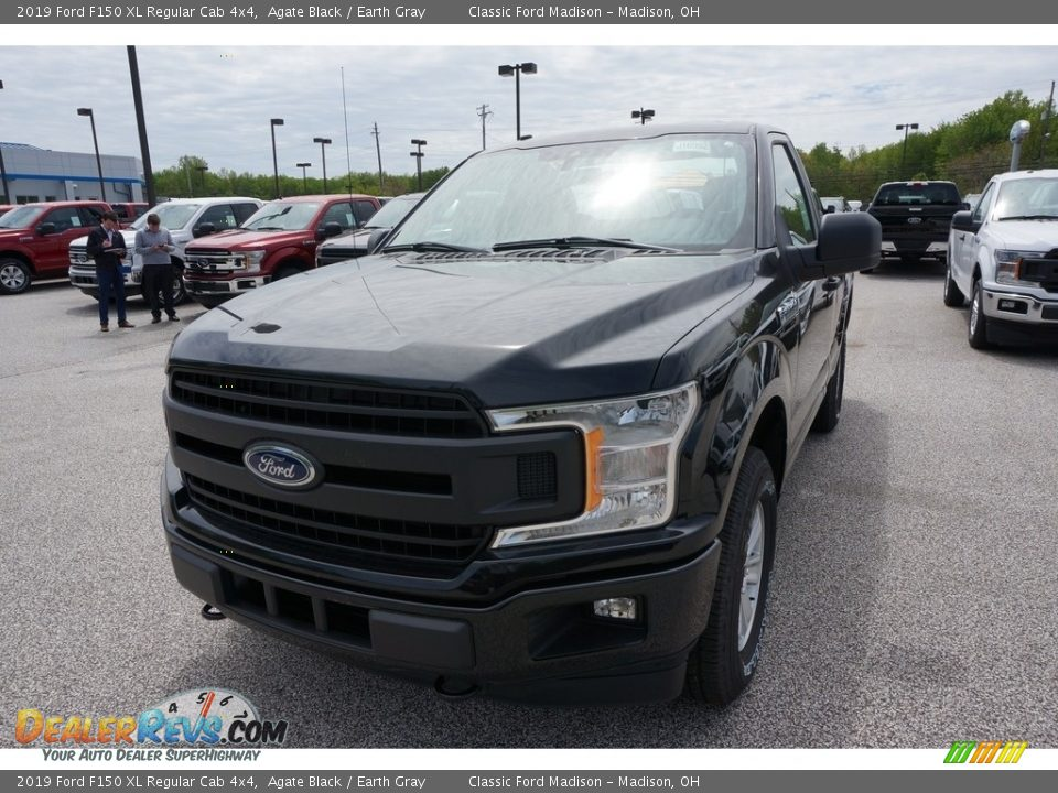 2019 Ford F150 XL Regular Cab 4x4 Agate Black / Earth Gray Photo #1