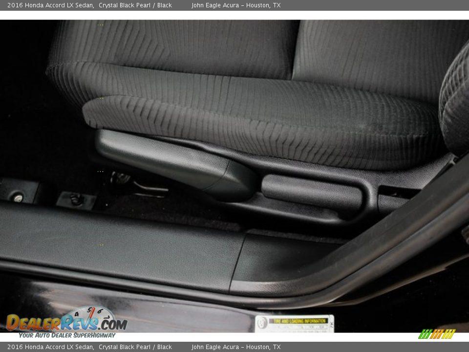 2016 Honda Accord LX Sedan Crystal Black Pearl / Black Photo #17
