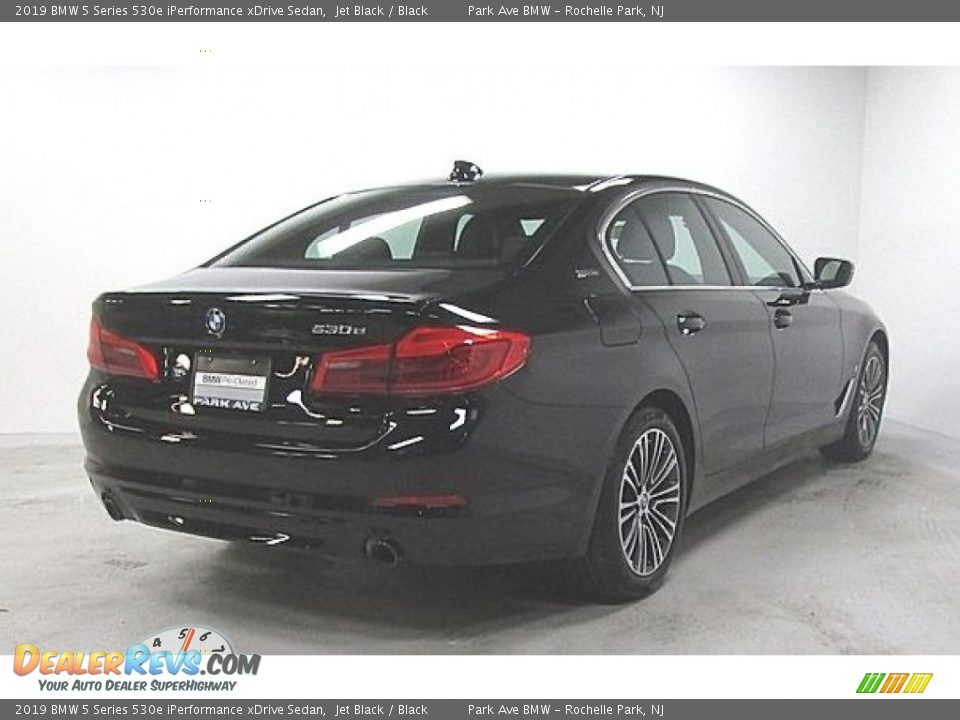 2019 BMW 5 Series 530e iPerformance xDrive Sedan Jet Black / Black Photo #4
