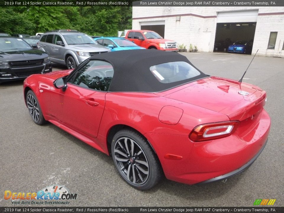 2019 Fiat 124 Spider Classica Roadster Red / Rosso/Nero (Red/Black) Photo #3