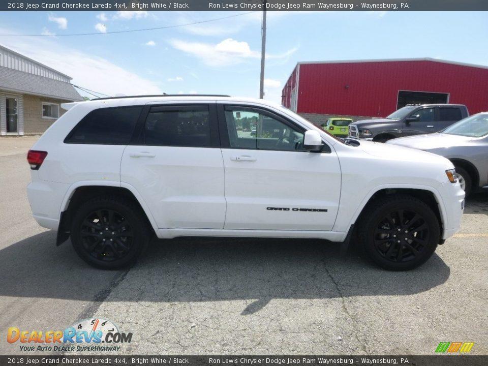 2018 Jeep Grand Cherokee Laredo 4x4 Bright White / Black Photo #6
