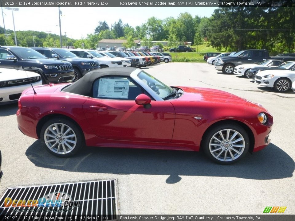 2019 Fiat 124 Spider Lusso Roadster Red / Nero (Black) Photo #6