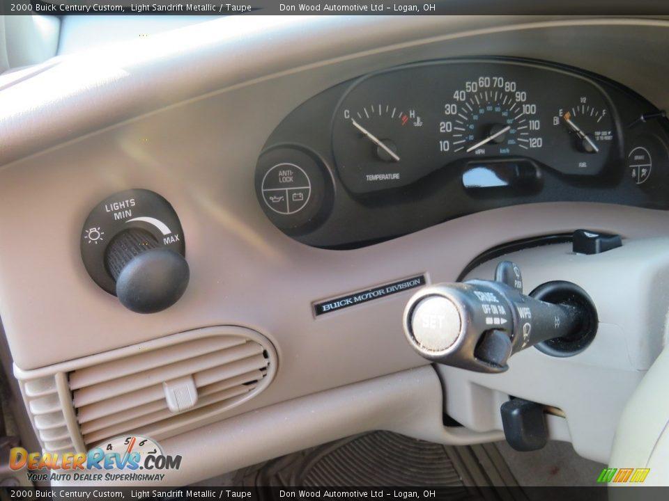 2000 Buick Century Custom Light Sandrift Metallic / Taupe Photo #18