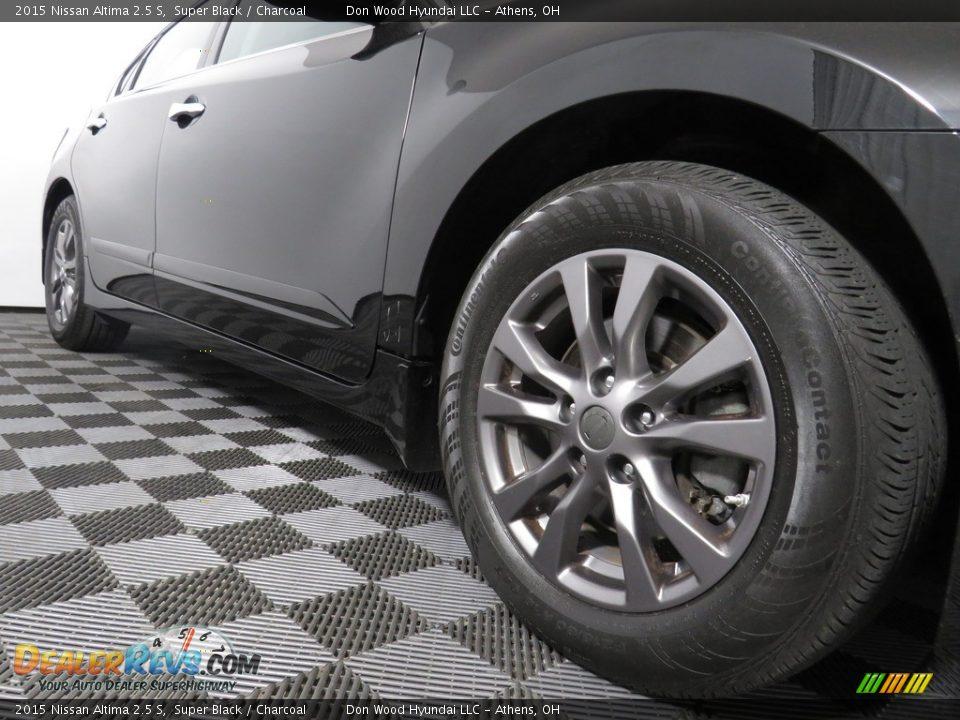 2015 Nissan Altima 2.5 S Super Black / Charcoal Photo #3
