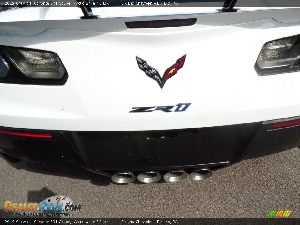 2019 Chevrolet Corvette ZR1 Coupe Logo Photo #18