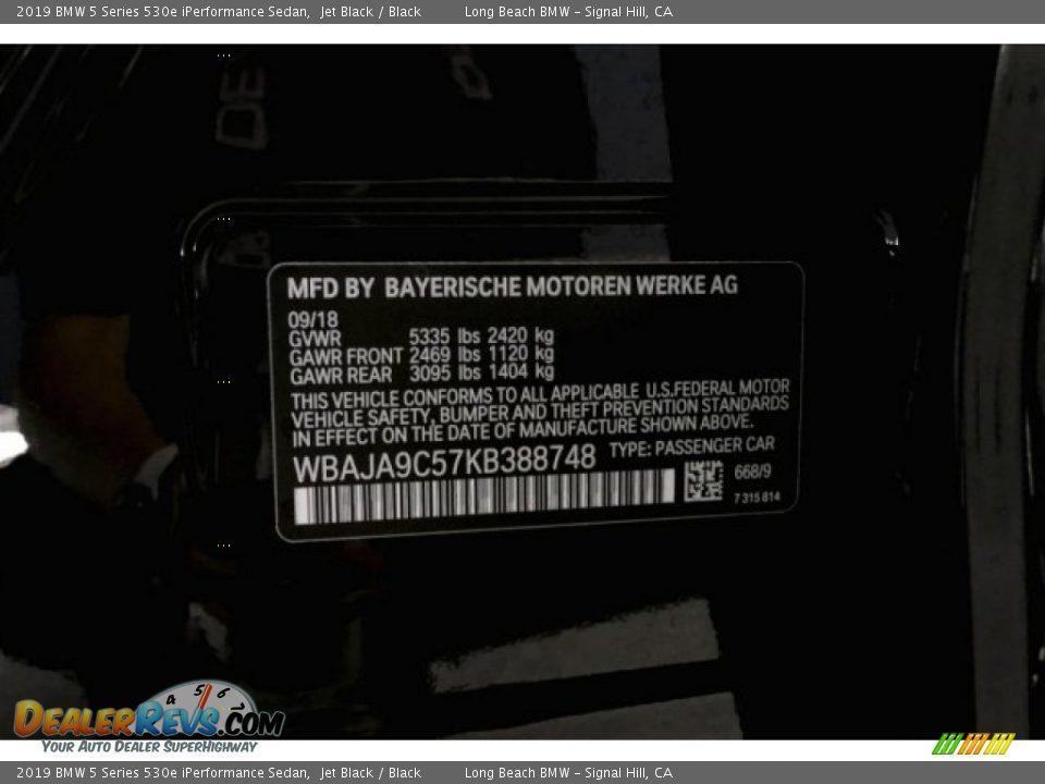 2019 BMW 5 Series 530e iPerformance Sedan Jet Black / Black Photo #19