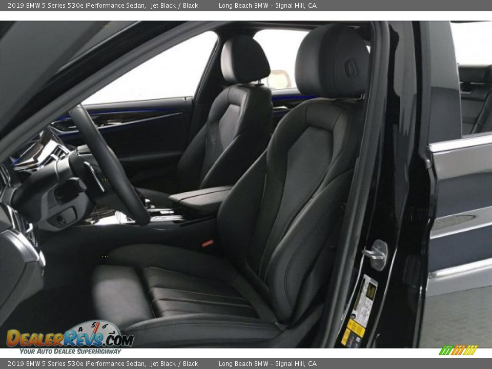 2019 BMW 5 Series 530e iPerformance Sedan Jet Black / Black Photo #32