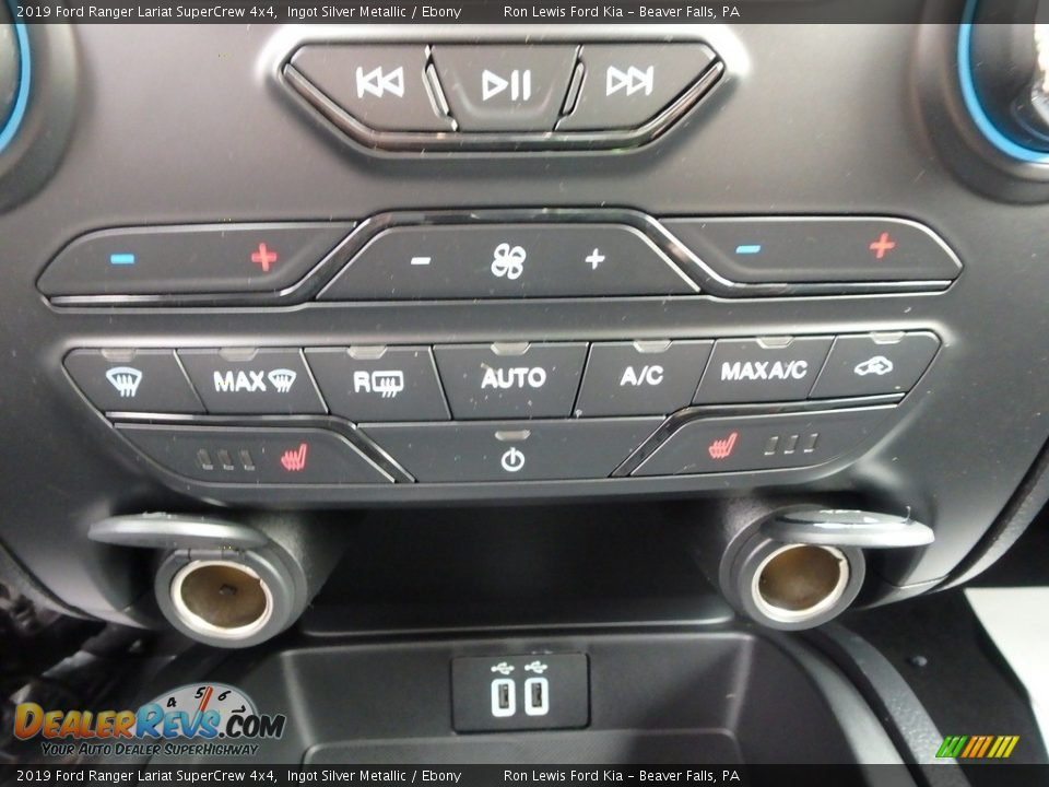 Controls of 2019 Ford Ranger Lariat SuperCrew 4x4 Photo #18