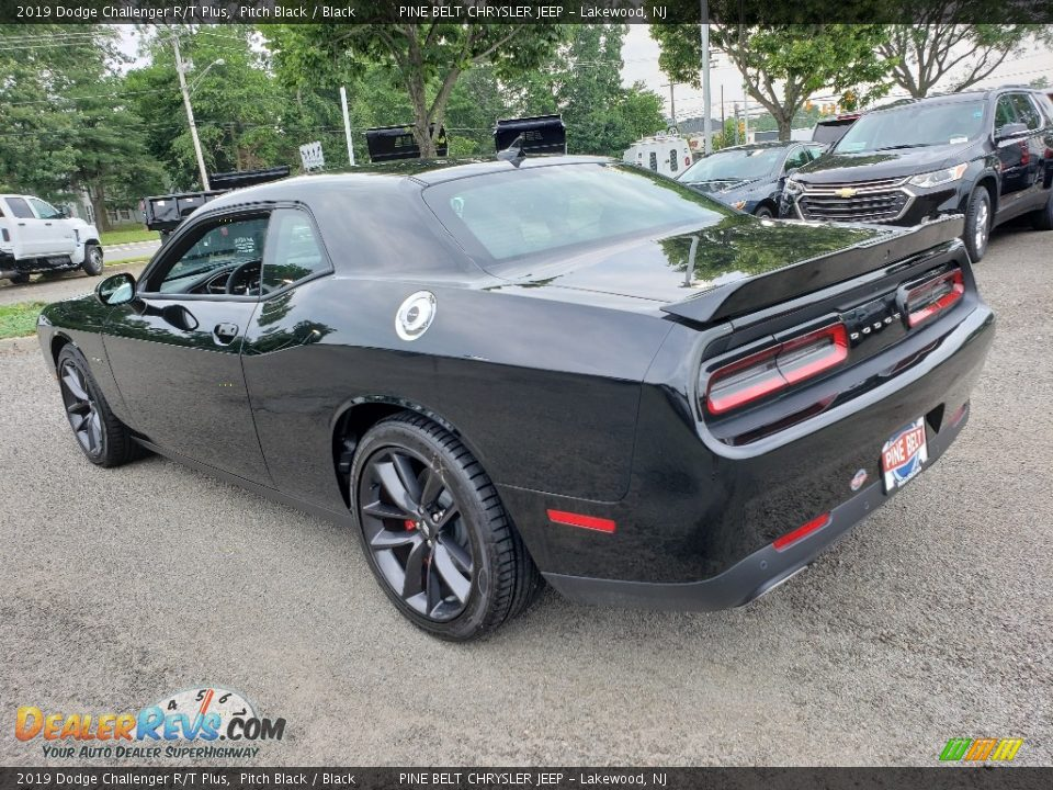 2019 Dodge Challenger R/T Plus Pitch Black / Black Photo #4