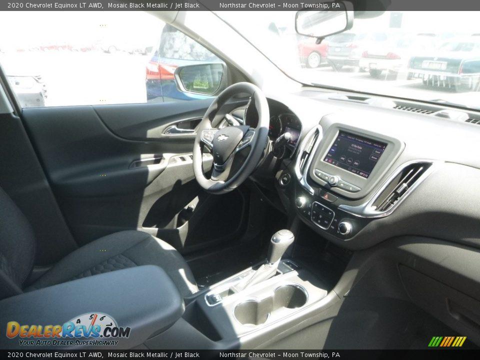 Dashboard of 2020 Chevrolet Equinox LT AWD Photo #11