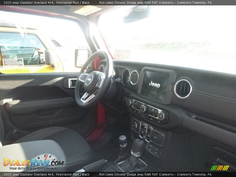 2020 Jeep Gladiator Overland 4x4 Firecracker Red / Black Photo #9