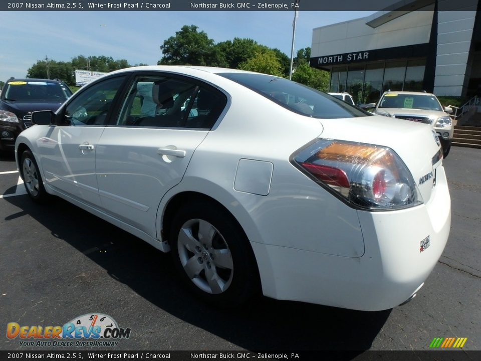 2007 Nissan Altima 2.5 S Winter Frost Pearl / Charcoal Photo #12