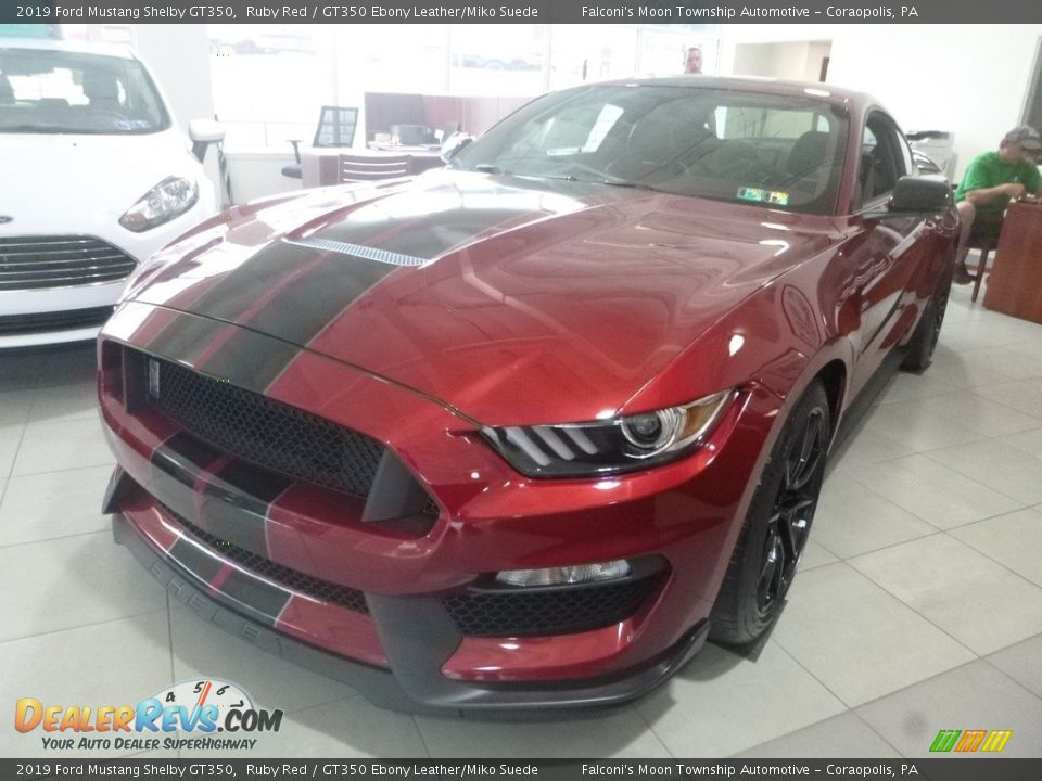 2019 Ford Mustang Shelby GT350 Ruby Red / GT350 Ebony Leather/Miko Suede Photo #2