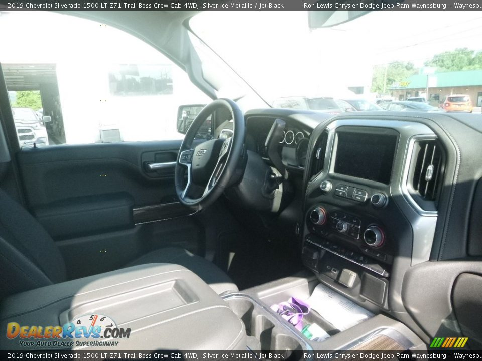 2019 Chevrolet Silverado 1500 LT Z71 Trail Boss Crew Cab 4WD Silver Ice Metallic / Jet Black Photo #11