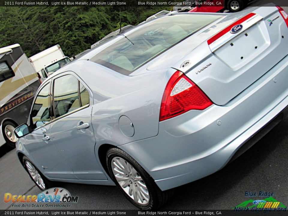 2011 Ford Fusion Hybrid Light Ice Blue Metallic / Medium Light Stone Photo #33