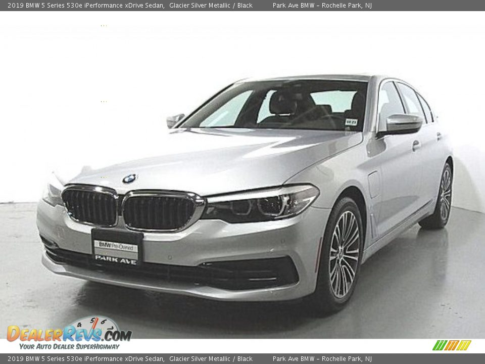 2019 BMW 5 Series 530e iPerformance xDrive Sedan Glacier Silver Metallic / Black Photo #1