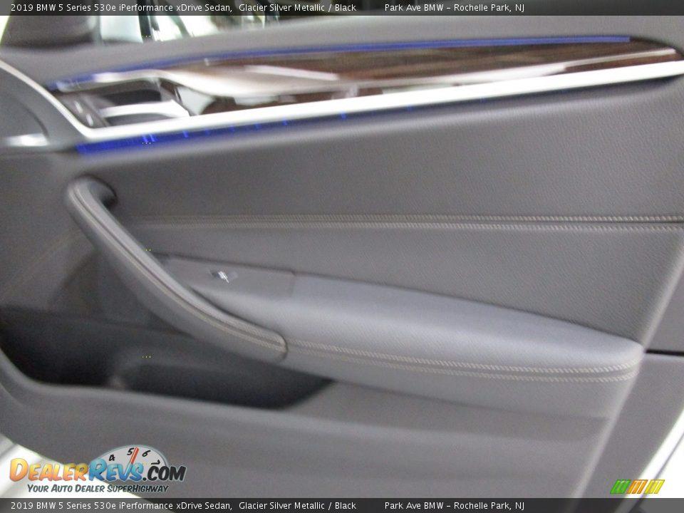 2019 BMW 5 Series 530e iPerformance xDrive Sedan Glacier Silver Metallic / Black Photo #13