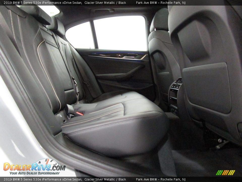 2019 BMW 5 Series 530e iPerformance xDrive Sedan Glacier Silver Metallic / Black Photo #18