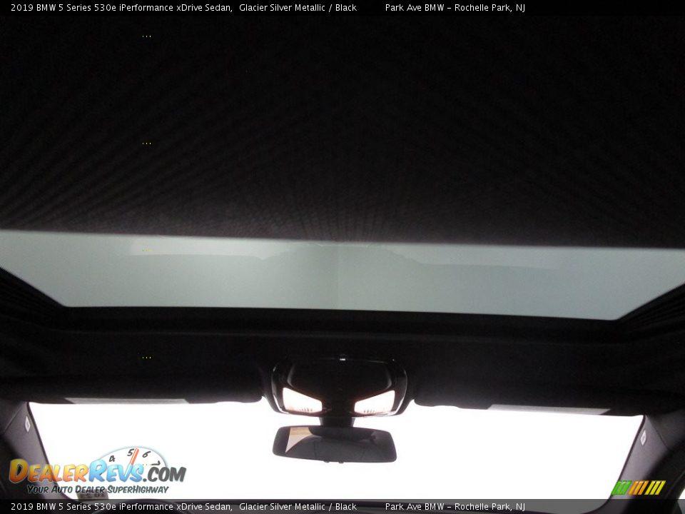 2019 BMW 5 Series 530e iPerformance xDrive Sedan Glacier Silver Metallic / Black Photo #21