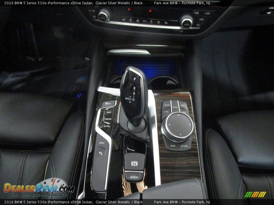 2019 BMW 5 Series 530e iPerformance xDrive Sedan Glacier Silver Metallic / Black Photo #28