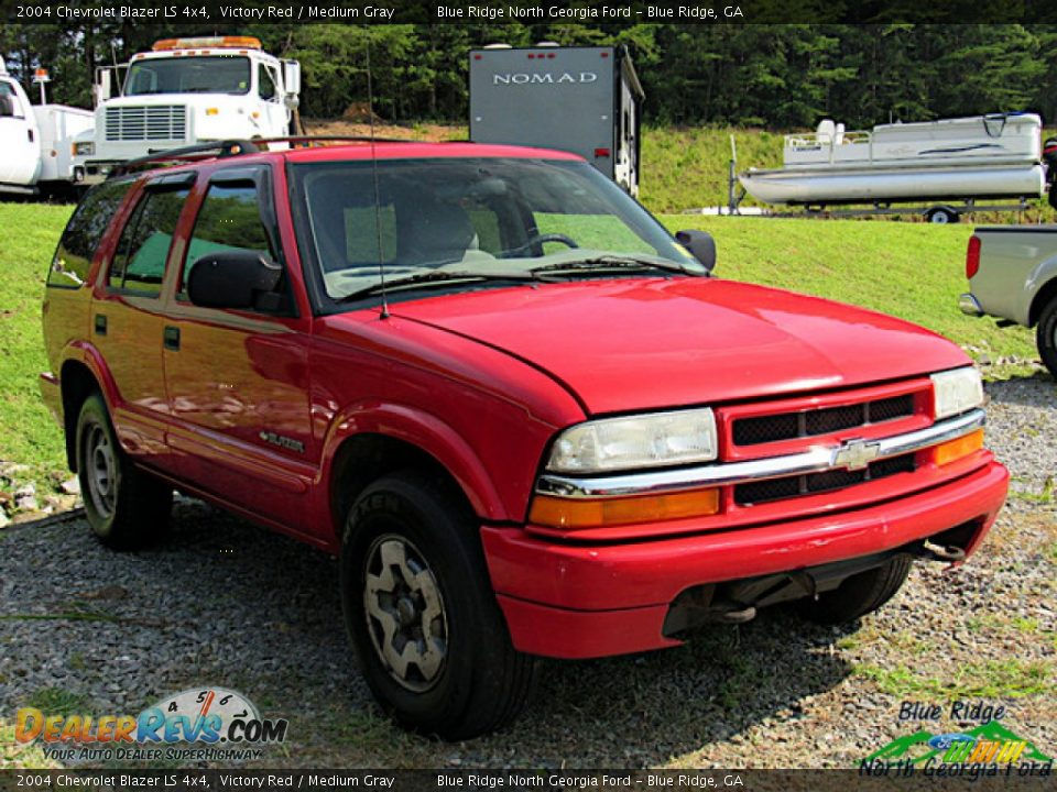 2004 Chevrolet Blazer LS 4x4 Victory Red / Medium Gray Photo #2