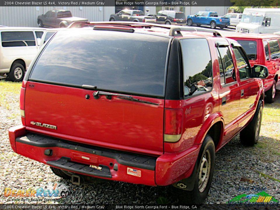 2004 Chevrolet Blazer LS 4x4 Victory Red / Medium Gray Photo #4