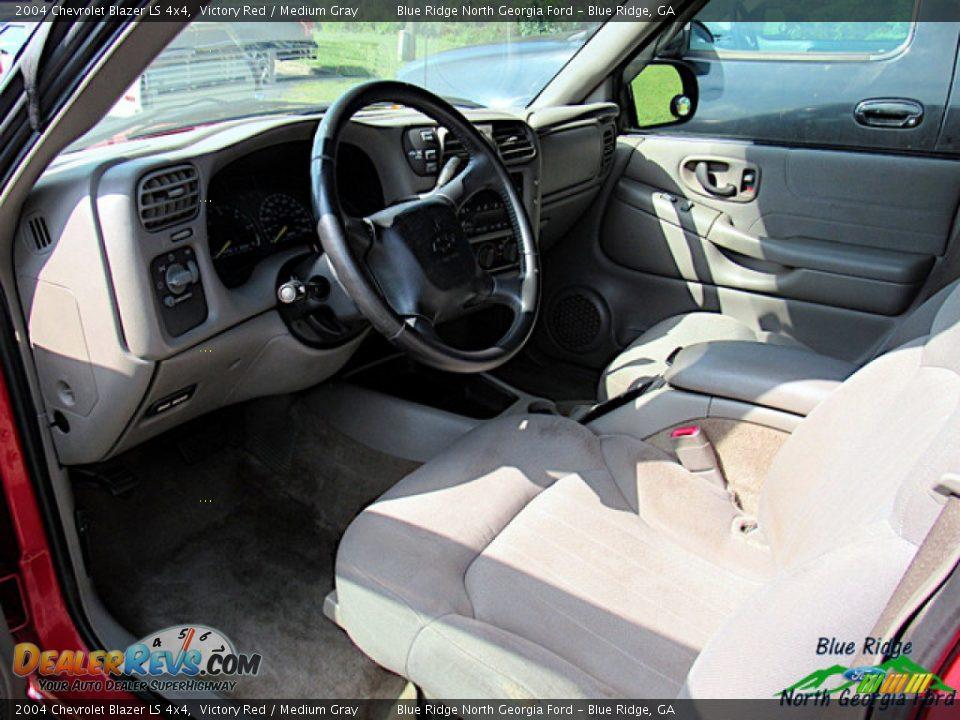 2004 Chevrolet Blazer LS 4x4 Victory Red / Medium Gray Photo #5