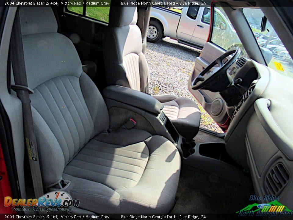 2004 Chevrolet Blazer LS 4x4 Victory Red / Medium Gray Photo #7