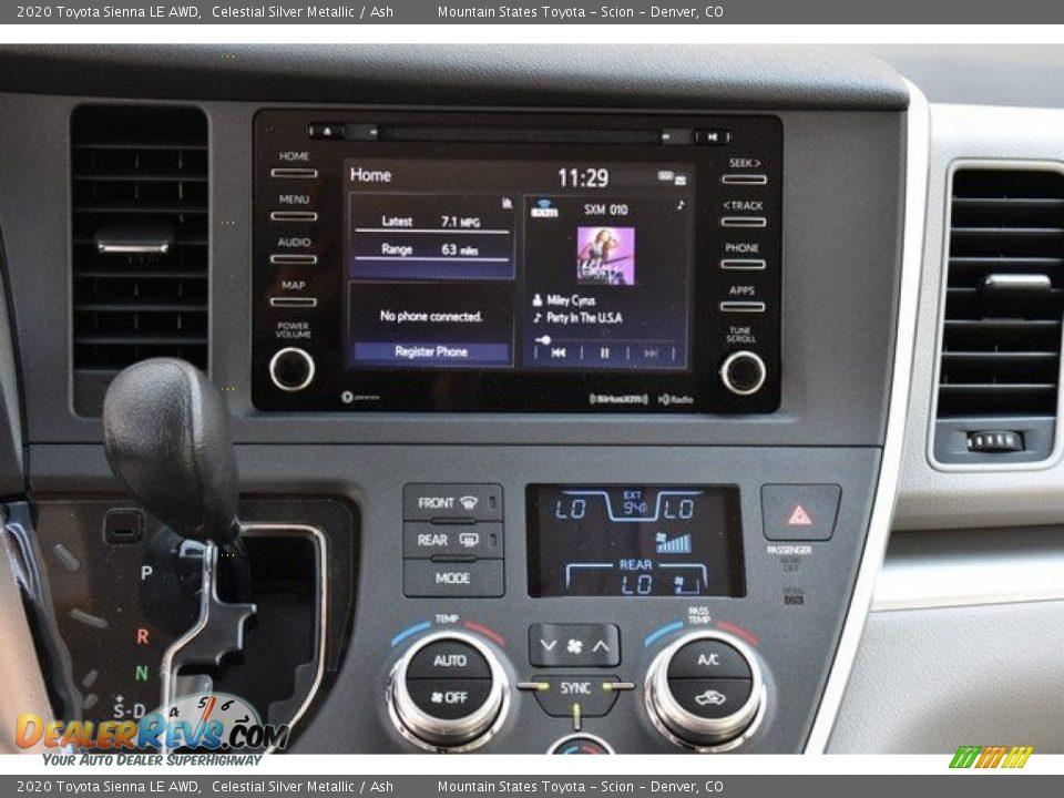Controls of 2020 Toyota Sienna LE AWD Photo #8