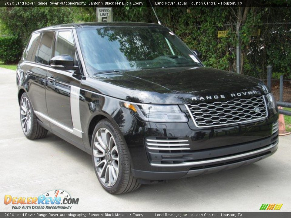 Front 3/4 View of 2020 Land Rover Range Rover Autobiography Photo #2