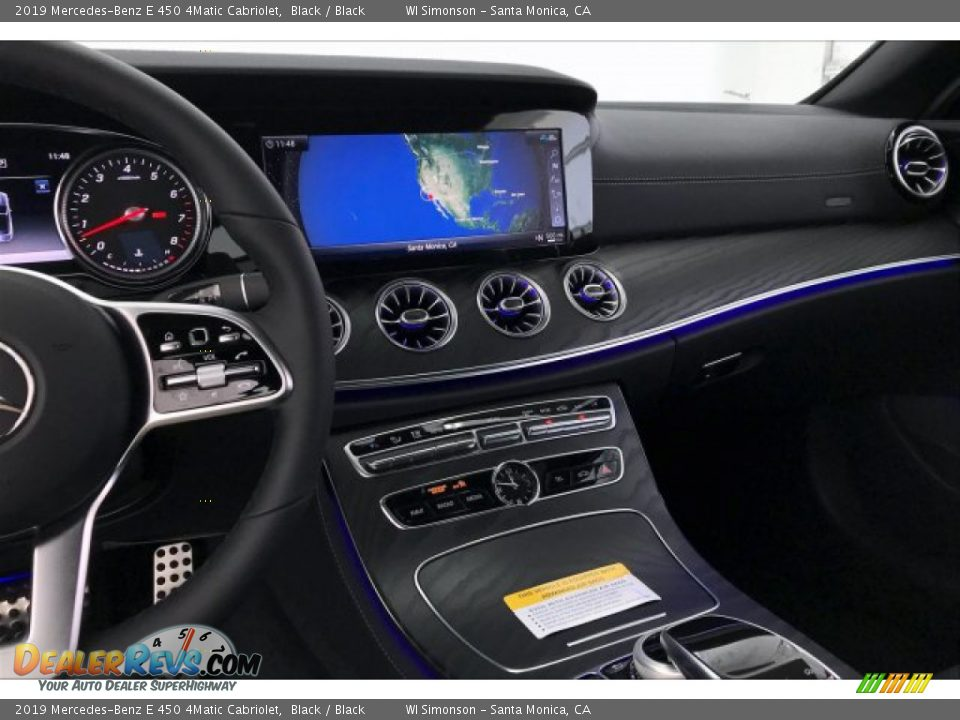 Dashboard of 2019 Mercedes-Benz E 450 4Matic Cabriolet Photo #6
