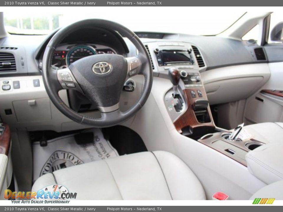 2010 Toyota Venza V6 Classic Silver Metallic / Ivory Photo #25