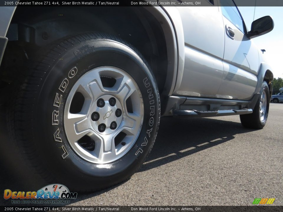 2005 Chevrolet Tahoe Z71 4x4 Silver Birch Metallic / Tan/Neutral Photo #16