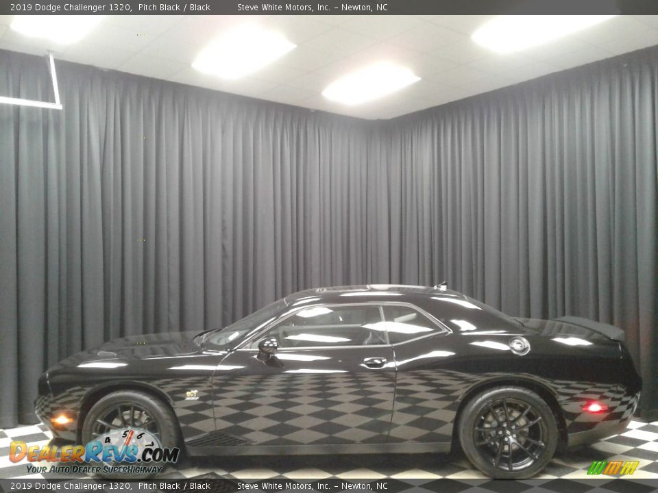 2019 Dodge Challenger 1320 Pitch Black / Black Photo #1