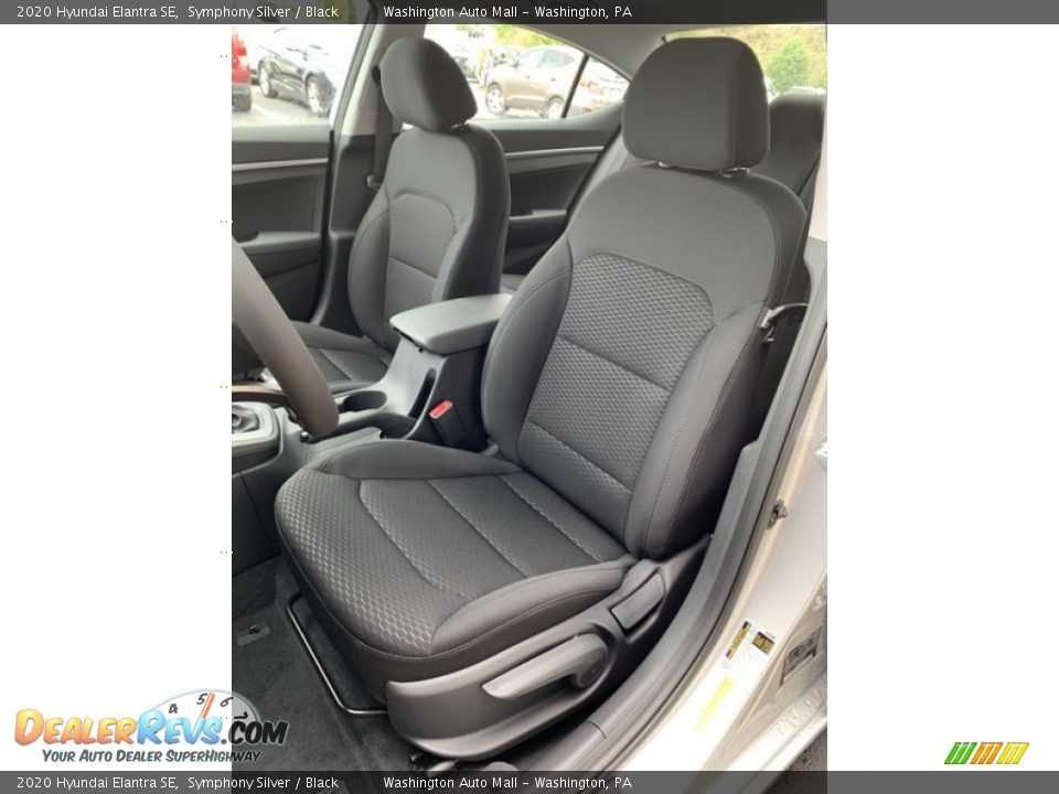 Front Seat of 2020 Hyundai Elantra SE Photo #15