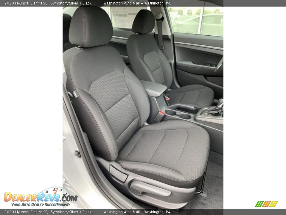 Front Seat of 2020 Hyundai Elantra SE Photo #27