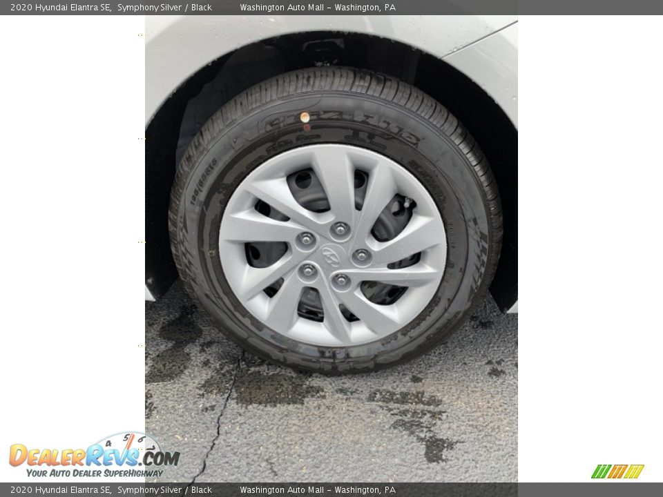 2020 Hyundai Elantra SE Wheel Photo #29