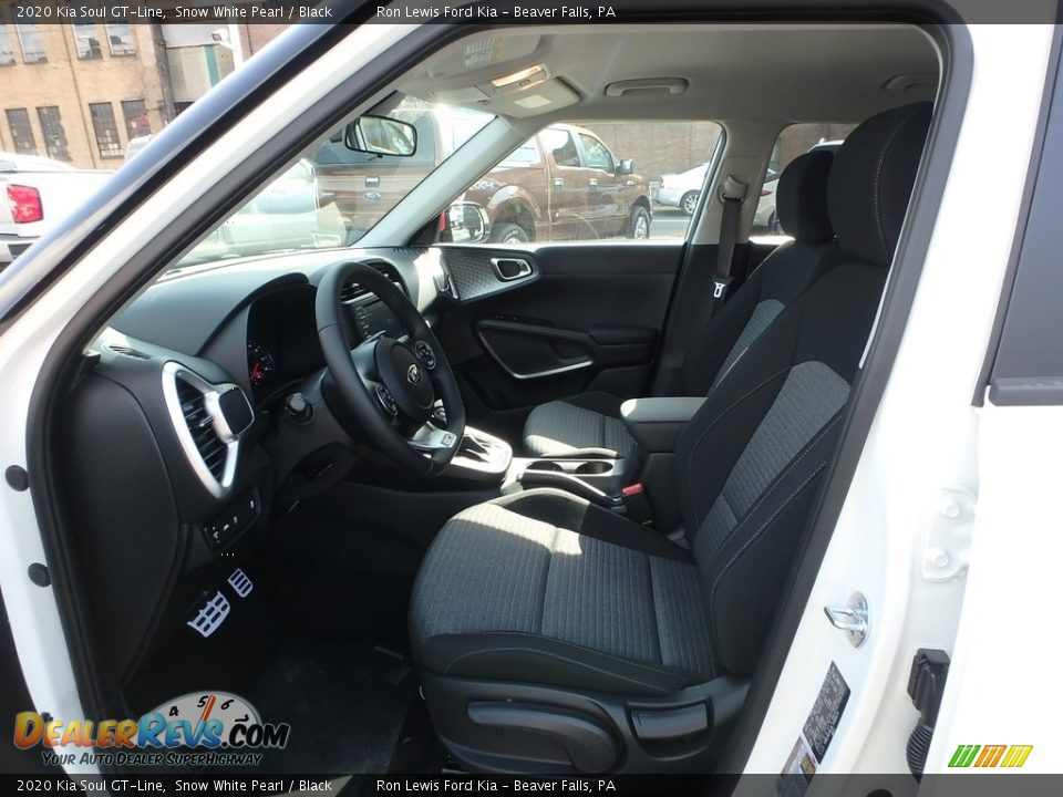 Front Seat of 2020 Kia Soul GT-Line Photo #12