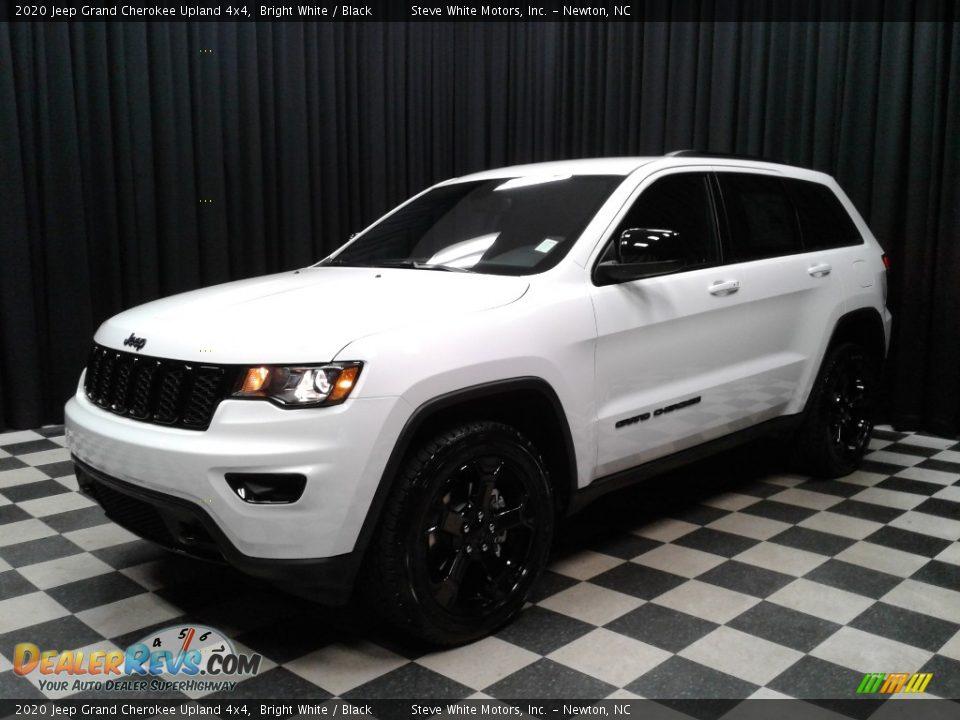 2020 Jeep Grand Cherokee Upland 4x4 Bright White / Black Photo #2