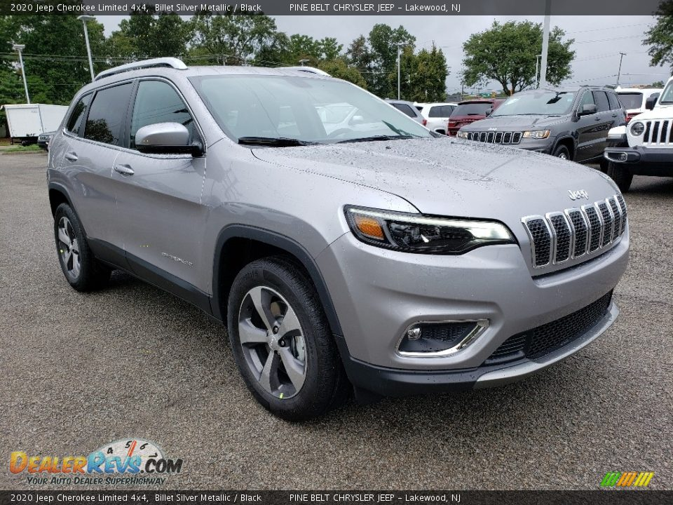 Front 3/4 View of 2020 Jeep Cherokee Limited 4x4 Photo #1