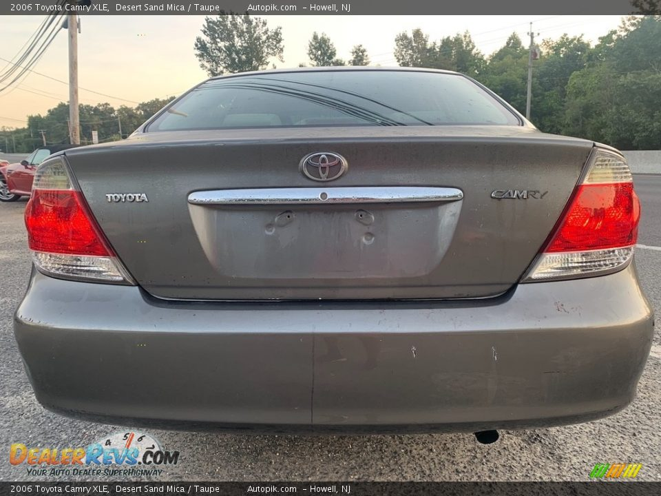 2006 Toyota Camry XLE Desert Sand Mica / Taupe Photo #4